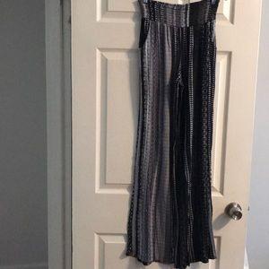 Mossimo black and gray palazzo pants